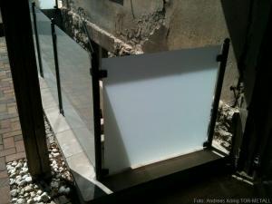 Geländer mit Glasfüllung Fabr. Andreas König TOR-METALL